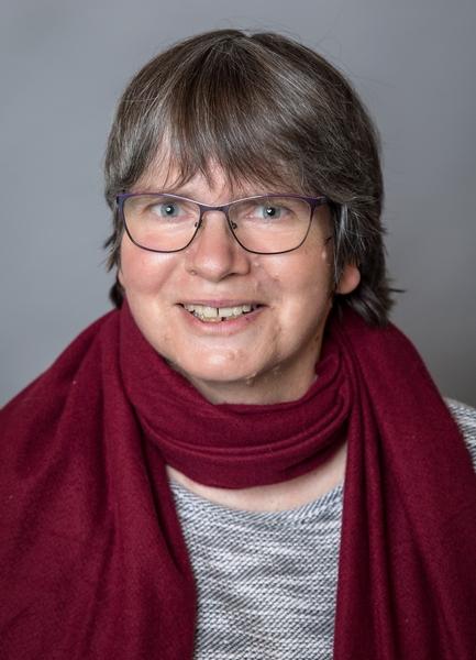 Frau Anette Inselmann